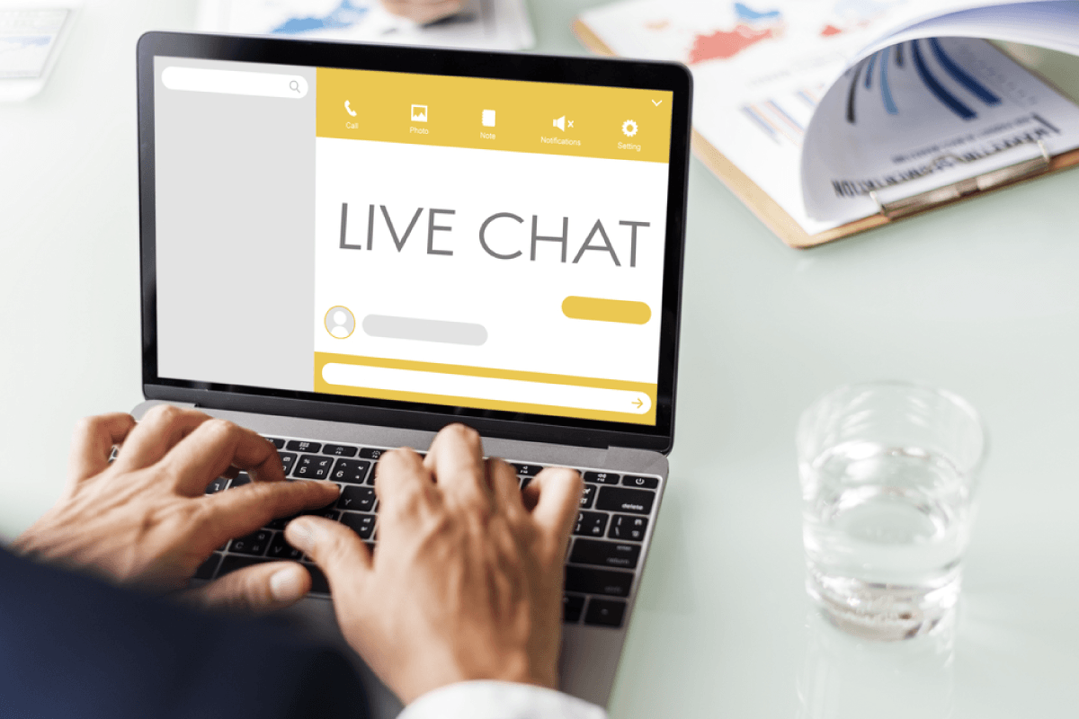 How To Integrate A Live Chat To Magento 2?