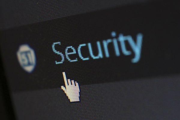 Mobile commerce threats: Crimeware